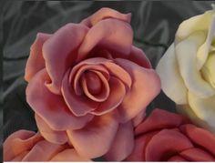 Rosas artesanais - biscuit - Classificados de Artesanato da Vila - Compra e Venda de Artesanato