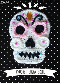 Free Crochet Skull Pattern {Perfect For Halloween!}