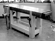 Christopher Schwarz's French 'Roubo' workbench. Pure envy.