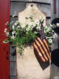 Americana Flag and Daisies in Prim box.