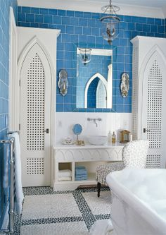 traditional gothic inspired bathroom in blue & white