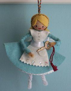 Alice In Wonderland ornaments