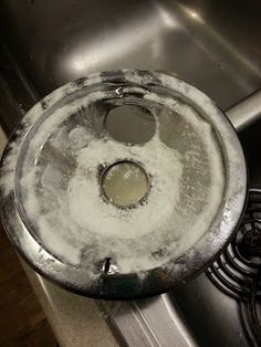 How to clean stove b
