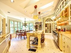 The natural light in this kitchen is stunning! -- I want my kitchen to be really bright!