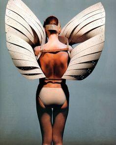 McQueen vogue, december, fashion weeks, alexander mcqueen, angel wings, fashion editorials, irving penn, london fashion, alexand mcqueen