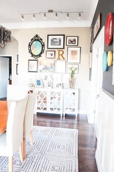 Gallery Wall - Dining Room Decorating Updates