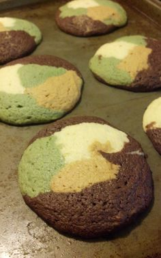 DIY Vintage Chic: Camouflage Cookies @Rachel Jones