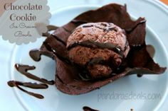 Chocolate Cookie Ice Cream Bowls. Easy to make and such a cool serving dish!  www.PandorasDeals.com