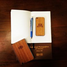 Show your school pride with a custom WOODCHUCK. #UofM #UniversityofMinnesota #Minnesota #Woodchuckcase #woodphonecase #woodenphonecase #GoldenGophers http://www.woodchuckcase.com/collections/customizable