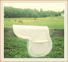 5 Tips to Keep Your Fleece Saddle Pad and Girth Cover Pristine