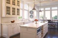 traditional kitchens, window, contemporary kitchens, subway tiles, light, white cabinets, kitchen designs, island, white kitchens