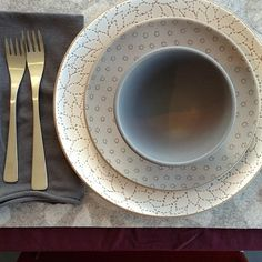 New Alabama Chanin pattern (pre)launch @Robert Goris Heath Ceramics in Los Angeles. #love (at Heath Ceramics)