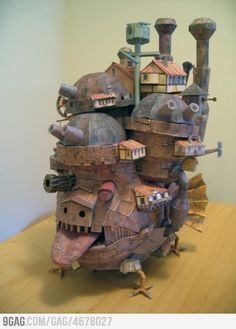 """""""Howl's Moving Castle Papercraft"""" hahah cool!"""