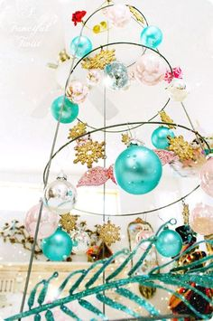 craft fair display: tomato trellis/cage for hanging items