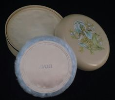 VINTAGE Avon Beauty Dust 6 Oz Puff Sealed Flowers Box Vanity Collection 1982 NOS