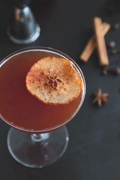 Autumn Spiced Apple Brandy Cocktail Recipe // HonestlyYUM