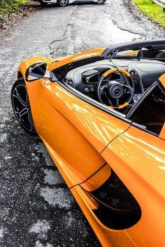 Jaw-dropping McLaren MP4-12C Spyder #SexySaturday