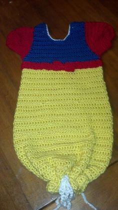 Free Crochet Pattern For Snow White Dress : crochet girls - dresses & sweaters on Pinterest Baby ...