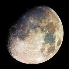 The gibbous moon shines on Sept. 5, 2014. Credit: Christian Kamber.