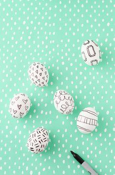 DIY to Try // Easter Egg Sharpie Doodles | papernstitch
