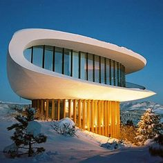 The Sleeper House / Genesee Mountain, Colorado / Architect Charles Deaton (he also designed Arrowhead & Royals Stadiums in K.C.) / It's called the Sleeper House because the Woody Allen movie Sleeper had some scenes filmed there.
