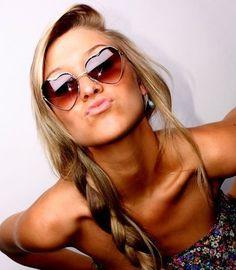 pink summer, hair colors, summer looks, summer hair, braid, long hair, shade, sunglasses, tan