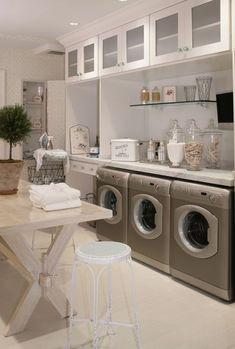 above washer/dryer