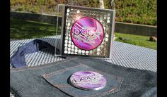 "Create custom cds with""POP-arazzi"" pop star cds & buttons from Soiree-EventDesignShop.com"