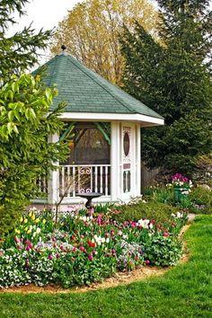 backyard ideas, garden ideas, backyard patio, backyard landscaping, midwest live