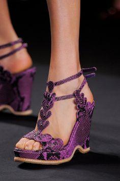 . uggonsale.de.vc    $86  cheap ugg boots,ugg shoes