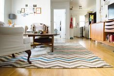 chevron rug in a living room