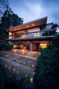 Casa Sierra Leona by José Juan Rivera Río