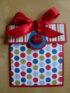 Crafty ThINKer: Parcel Gift Card Holder! Cute but no instructions that I can find!