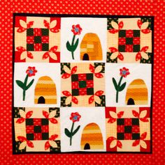 Honey Bee Wall Hanging Quilt