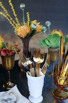 table decorations, birches, backyard parties, gold flatwar, vintage homes