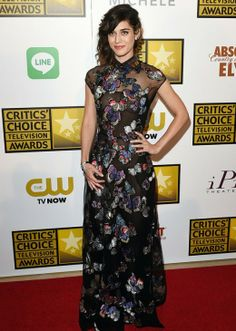 The 2014 Critics' Choice TV Awards  WHO: Lizzy Caplan  WHAT: The Masters of Sex  WEAR: Valentino dress