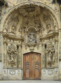 doorway, door architectur, spain architecture, carv stone, church doors