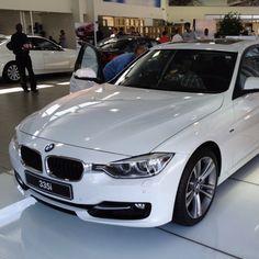 BMW 3 Series - 335i Sport Line