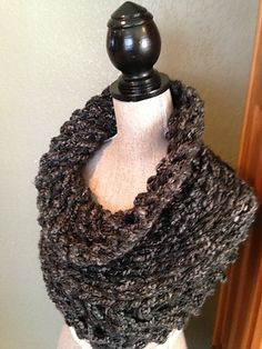 Charcoal Bulky Cowl free Ravelry download