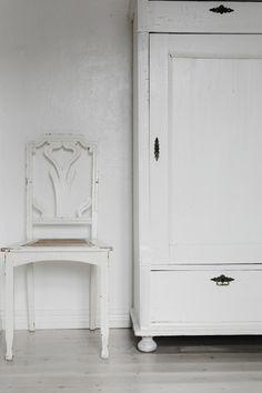 Vintage Interior #chair #cabinet