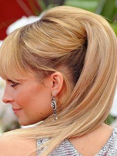 şampanya sarısı saç rengi  http://www.yenisacmodelleri.com/sampanya-sarisi-sac-rengi-ve-modelleri.html
