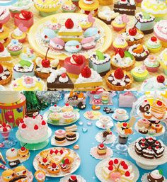 Epoch Whipple miniature fake food whipped cream decoration play kit  - ice cream, pie, pastry, cake and other desserts galore