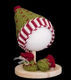 FREE Pattern for Elf Hat & Booties : )