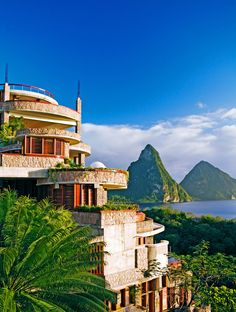 Escape to Jade Mountain: St. Lucia