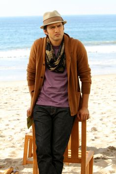 """90210 -- """"We're Not Not In Kansas Anymore"""" -- Image: NO511a_0426 – Pictured: Michael Steger as Navid -- Photo: Scott Humbert/The CW -- © 2013 The CW Network. All Rights Reserved"""