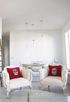 Skulls at home