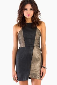 Perfect dress for holiday parties!