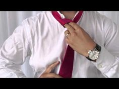 How to Tie a Tie: The Full Windsor