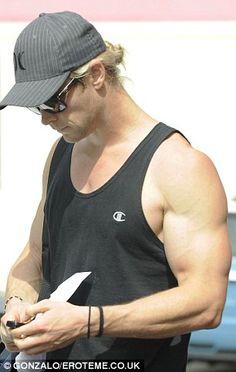 Chris Hemsworth- Bicep inspiration