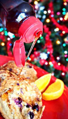 65 Calorie Christmas Blueberry Cupcakes